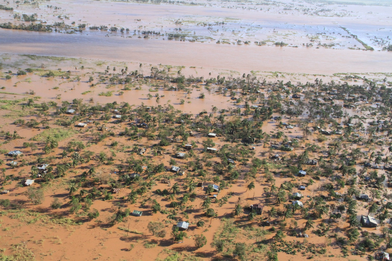 cyclone_idai_flooding_of_the_buzi_area_ocha_saviano_abreu_march_2019.jpg